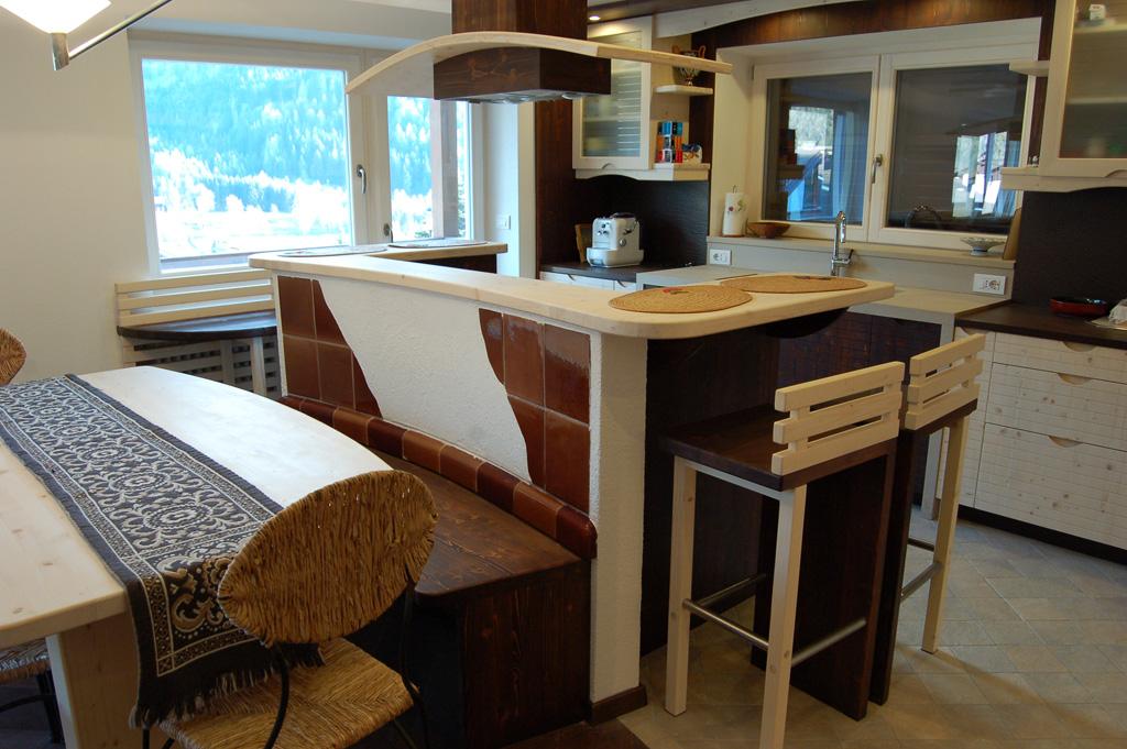 Cucina bicolore in abete falegnameria madera - Cucine in abete ...